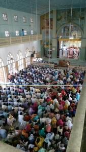Holy Qurbana at Kolenchery Church1